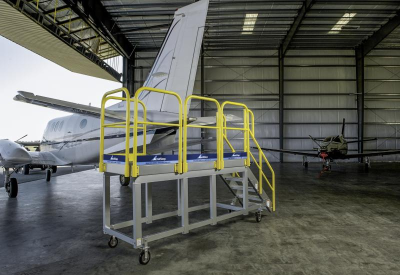 Stairs & Access Platforms Specialized for Aviation