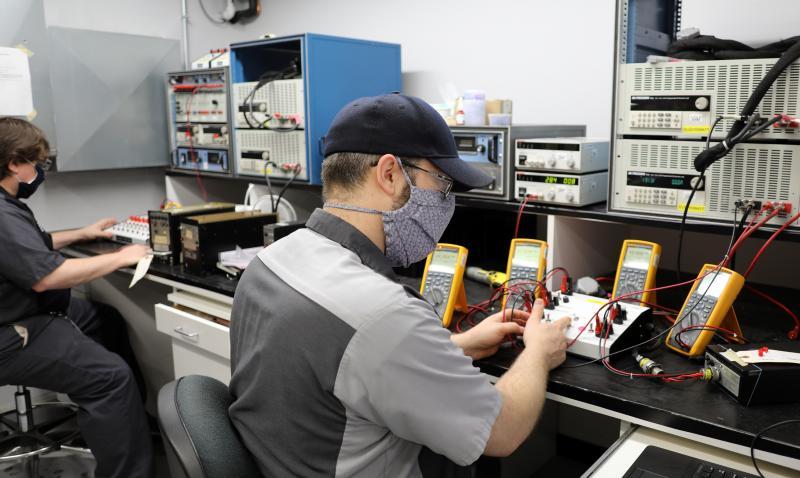 Duncan Aviation Battery Shops